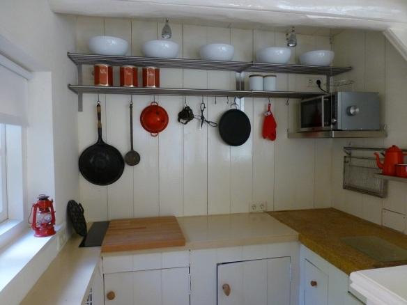 Küche Lutje Hoeske. Tinallinge